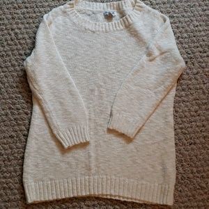 Old Navy 3/4 sleeve lightweight sweater, size M